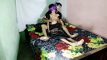 इंदौर भर से सेक्स इंडियन वाइफ स्वैपिंग कपल