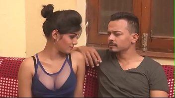 भारतीय गर्म महिला विखंडन दिखाएँ भारतीय भाभी चुंबन