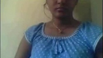 स्ट्रिपिंग इंडियन बेब